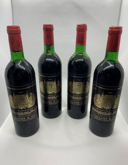 4 bouteilles de Château PALMER Margaux 1982,...