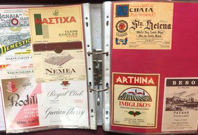 1 album d'environ 1000 étiquettes de vin...