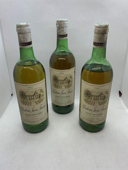 8 bouteilles dont 1 Château d'ARCHES Grand Cru Classé Sauternes 1970, base goulot,...