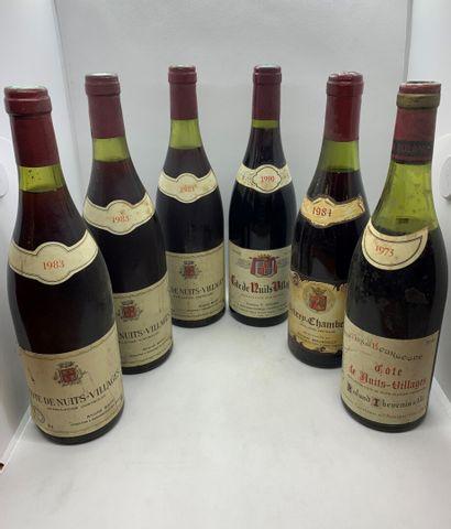6 bouteilles dont 5 CÔTES DE NUITS VILLAGE, 3 de 1983 d'André Bart, 2 haute épaule,1...