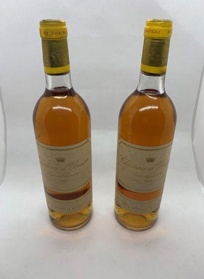 2 bouteilles de Château d'YQUEM Sauternes...