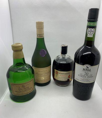 4 bouteilles dont 1 d'EAU-DE-VIE de POIRE...