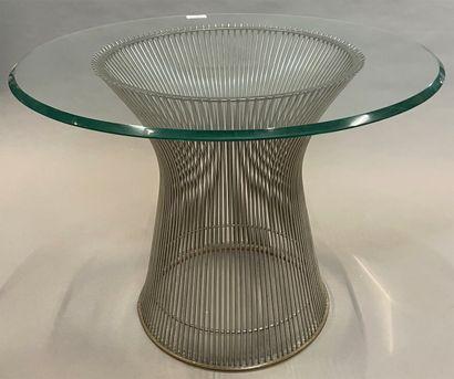 Guéridon en laiton à plateau de verre circulaire,...