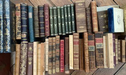 Caisse de livres reliés et brochés XIX et...