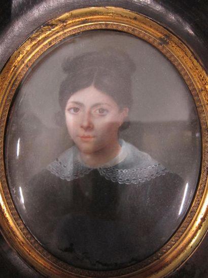 Ecole française du XIXème siècle Jeune fille...