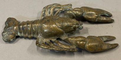 Ecrevisse  Epreuve en bronze à patine dorée...