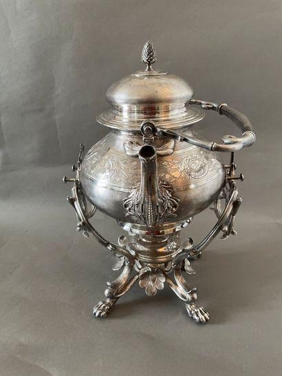 Théière samovar en métal argenté ciselé d'un...