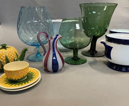 Case of large vases, planters and miscellaneous