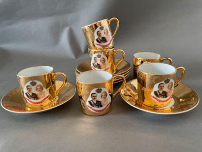 Service à café en porcelaine de Limoges à...