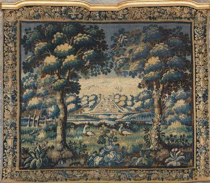 Grande tapisserie en laine, décor d'un château...