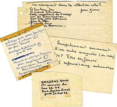 BRASSENS Georges Ensemble de 4 paperolles avec des notes autographes signées de G....