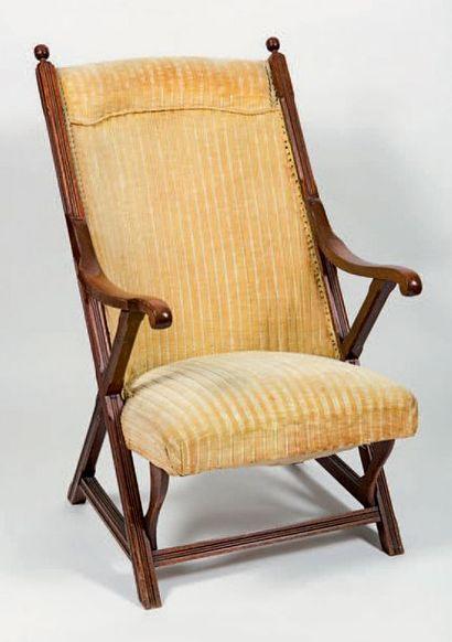 Paire de fauteuils safari en bois verni,...
