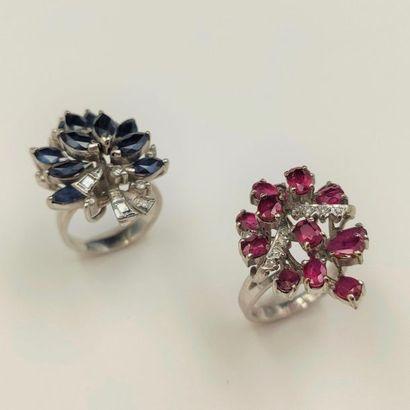•Deux BAGUES en or gris (585‰) 14 carats,...