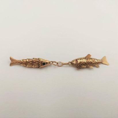 •Paire de PENDENTIFS «poissons» articulés...