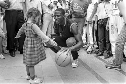 Michael Jordan, Tournée Nike à Paris - 1985...