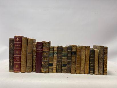 Lot de 20 volumes dépareillés, Schiller, La Fontaine, Pascal, Imitation de Jésus-Christ, et divers