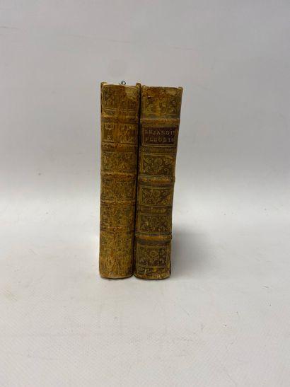 Louis LIGER, Le Jardinier Fleuriste, Paris, 1754, reliure d'époque (griffures, dos abîmé).  On y joint un volume des Romans de Voltaire.