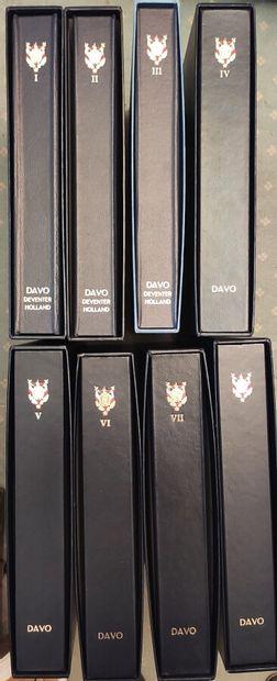 FRANCE - Collection présentée en 8 albums...