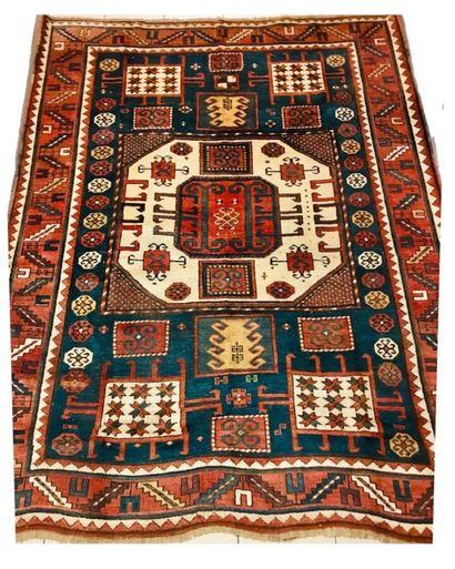 Important tapis Kazak Karatchoff (Caucase)...