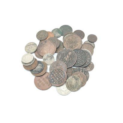 Lot de 41 monnaies en argent, bronze et nickel...