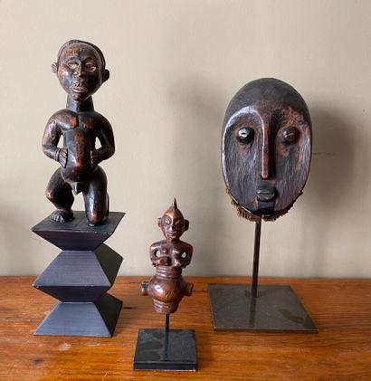 Art africain.Ensemble comprenant un masque(...
