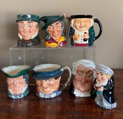 Collection de 8 tasses en céramique anglaise...
