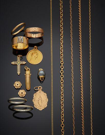 LOT en or jaune et or rose (750) comprenant...
