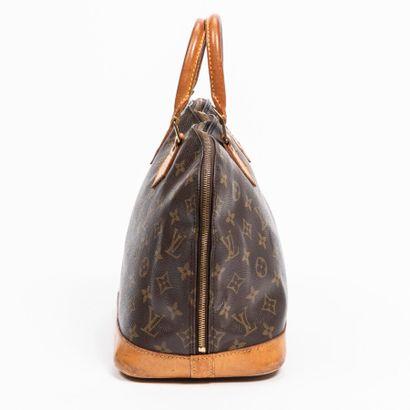 "LOUIS VUITTON  1996  Sac ""Alma"" PM  ""Alma"" PM bag    Toile Monogram, cuir naturel..."