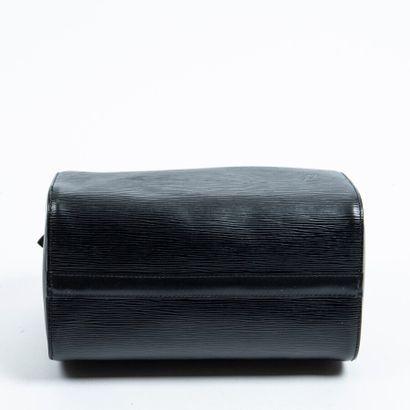 "LOUIS VUITTON  1995  Sac ""Speedy"" 25  ""Speedy"" 25 bag    Cuir Epi noir  Black Epi..."