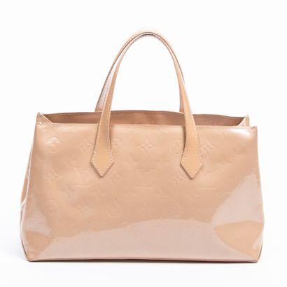 "LOUIS VUITTON  2010  Sac ""Wilshire""  ""Wilshire"" bag    Cuir Monogram verni beige..."