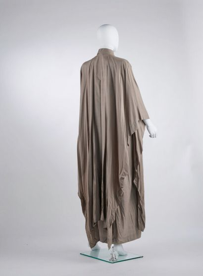 ISSEY MIYAKE - Spring-summer 1976  DRESS AND CAPE SET in taupe silk (dress T38,...