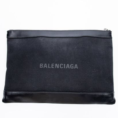 "BALENCIAGA  Pochette ""Navy Clip""  ""Navy Clip"" pouch    Toile et cuir noir  Black..."