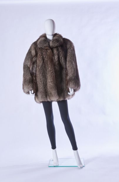 ANONYMOUS  3/4 coat in blue silver fox (approx. TM/L)
