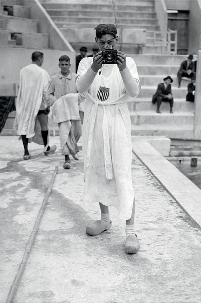 Paris 1924. Johnny Weissmuller à la piscine...