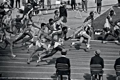 Mexico 1968. 4x100m © André Lecoq/L'Équipe...