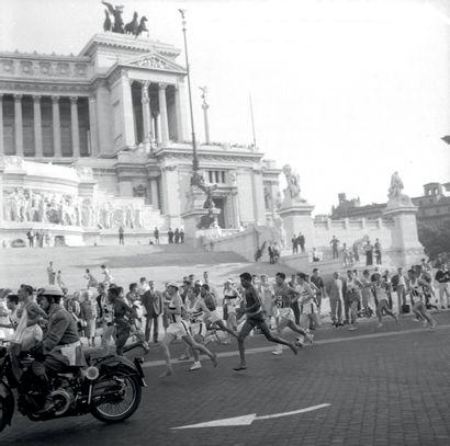 Rome 1960. Abebe Bikila, marathon © L'Équipe...