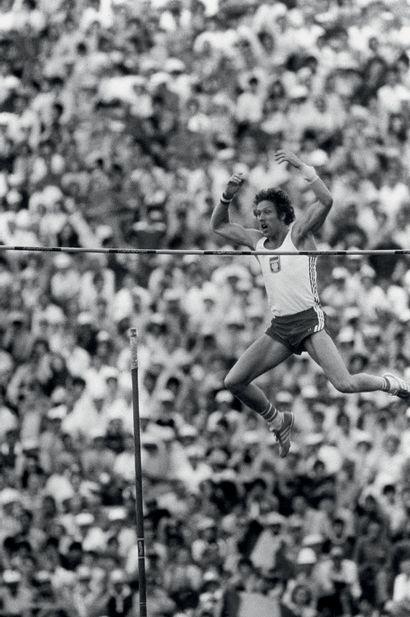 Moscou 1980. Wladislav Kozakiewicz, saut...
