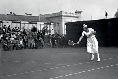 Anvers 1920. Suzanne Lenglen, tennis © Collections L'Équipe 24 août 1920. Quelques...