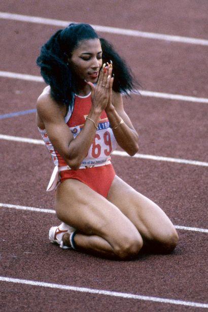 Séoul 1988. Florence Griffith-Joyner, 200m...