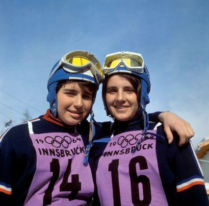 Innsbruck 1964. Marielle et Christine Goitschel,...