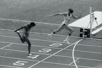 Montréal 1976. Newhouse-Juantorena, 400m...