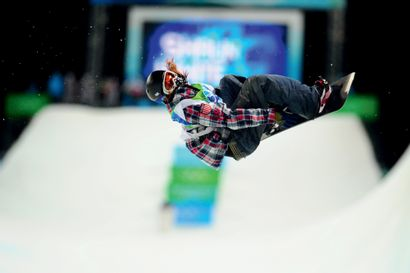 Vancouver 2010. Shaun White, snowboard (half...