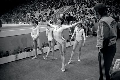 Moscou 1980. Nadia Comaneci, gymnastique...