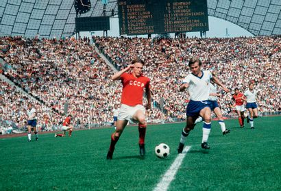Munich 1972. URSS-RDA (Blokhine-Weise), football...
