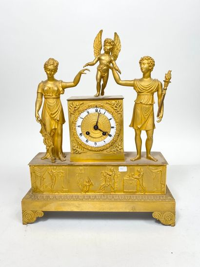Pendule d'époque Restauration en bronze doré...