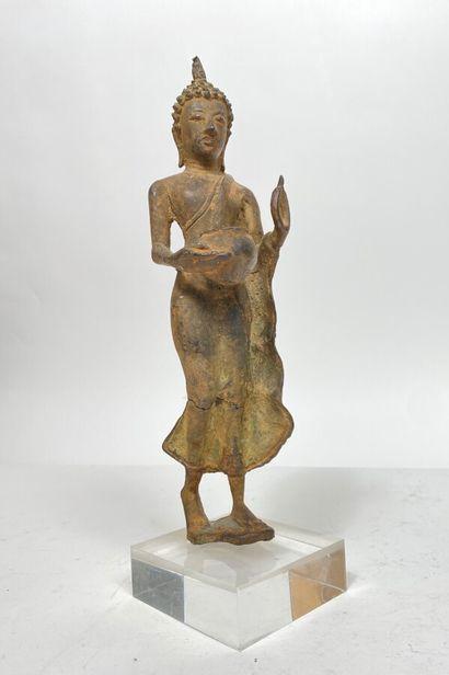 Divinité thailandaise avec sceau en bronze...