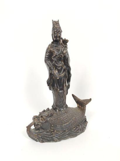 Sculpture sur bronze représentant la déesse...