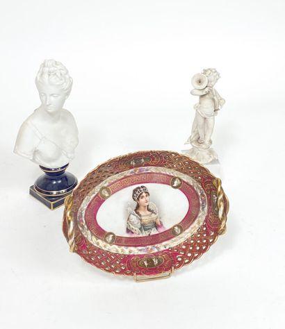 Buste de Diane en biscuit d'après Houdon(Petit...