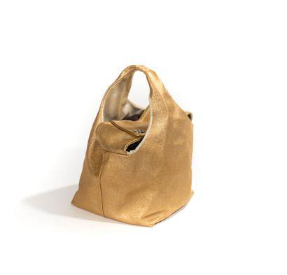 CHANEL    Rare sac de la Collection Paris...