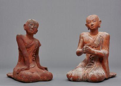 Lot de deux grandes figurines birmanes en...